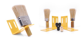 Accessories: Brushes and kits